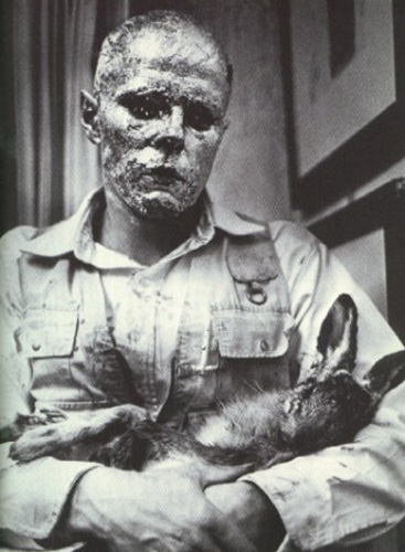 Joseph Beuys - Lapin mort